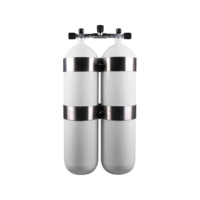 Twinset Steel Cylinders 20 litre, 230 bar, DIR Style - stainless steel tank bands and rubber knobs