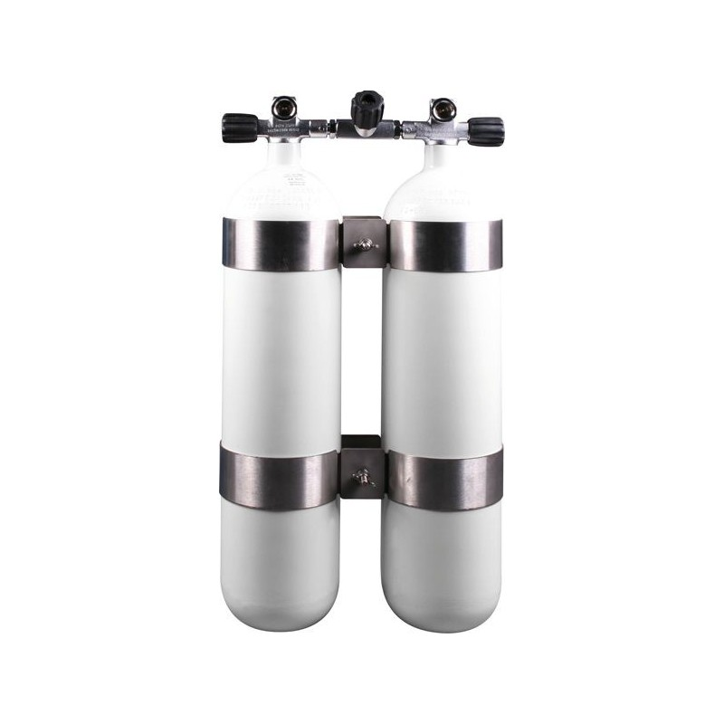 Twinset Steel Cylinders 7 litre, 230 bar, DIR Style - stainless steel wide-distance tank bands and rubber knobs