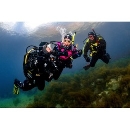 SPECIALTY COURSE PADI DRY SUIT DIVER