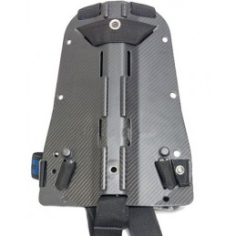 40 lbs (18,1 kg) Element MC System with CF backplate SS hardware