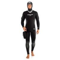 Wet and Semidry Suit Repair